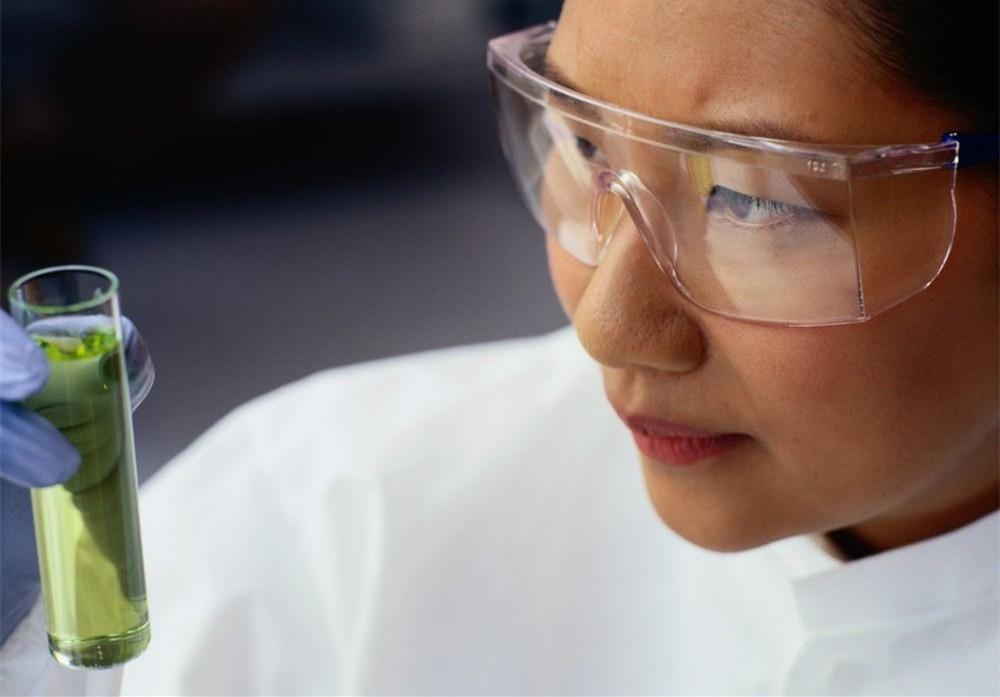 中办国办:允许科研人员和高校教师依法依规适度兼职兼薪